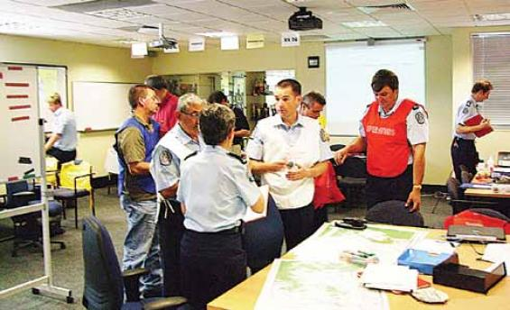 Coordination of multi-agency emergency management to reduce community consequenc
