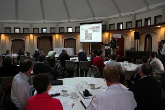 Research Advisory Forum Hobart 2012_1